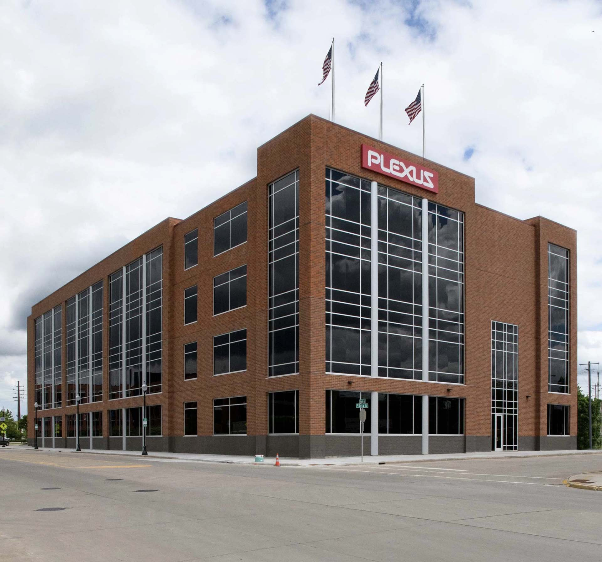Gateway Office Building (Plexus) - Neenah, WI